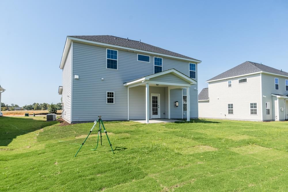 1,997sf New Home in Leland, NC Caviness & Cates Communities