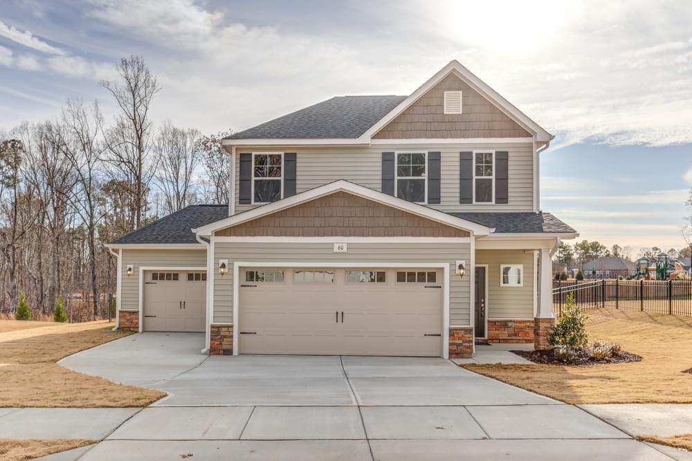Leland, NC New Home Elevation C 3 Car Option