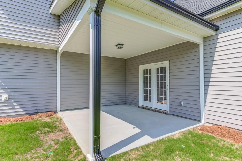 4br New Home in Clayton, NC Covered Porch Option