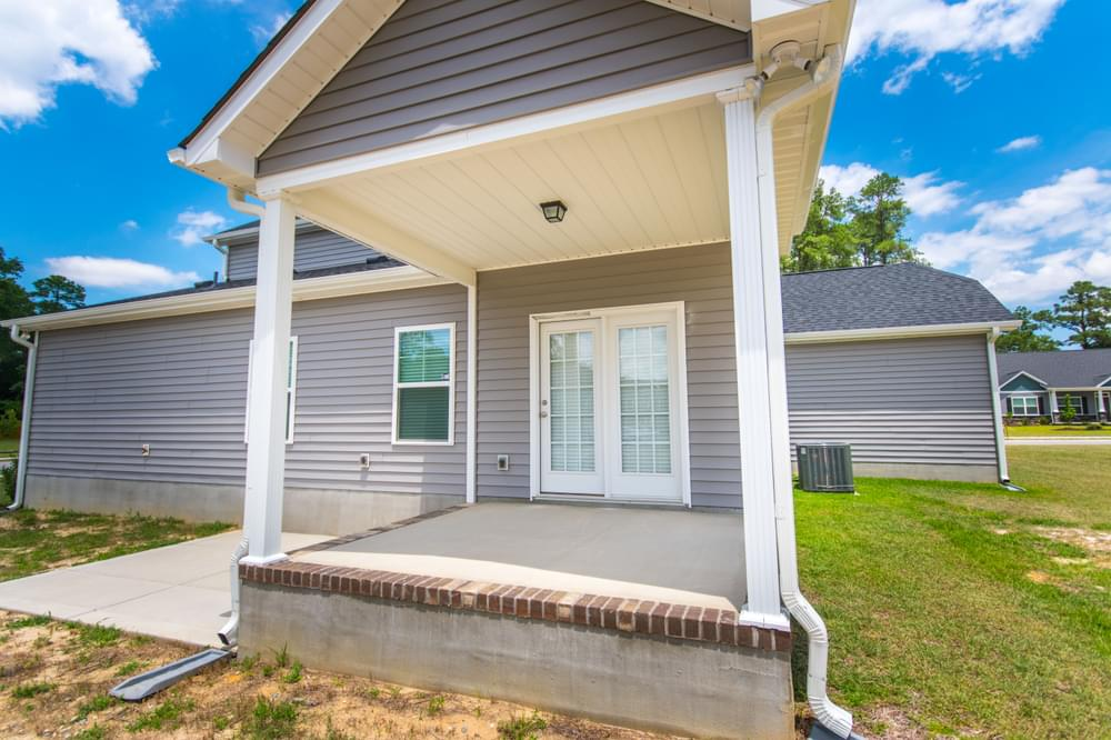 Sneads Ferry, NC New Home Covered Porch Option