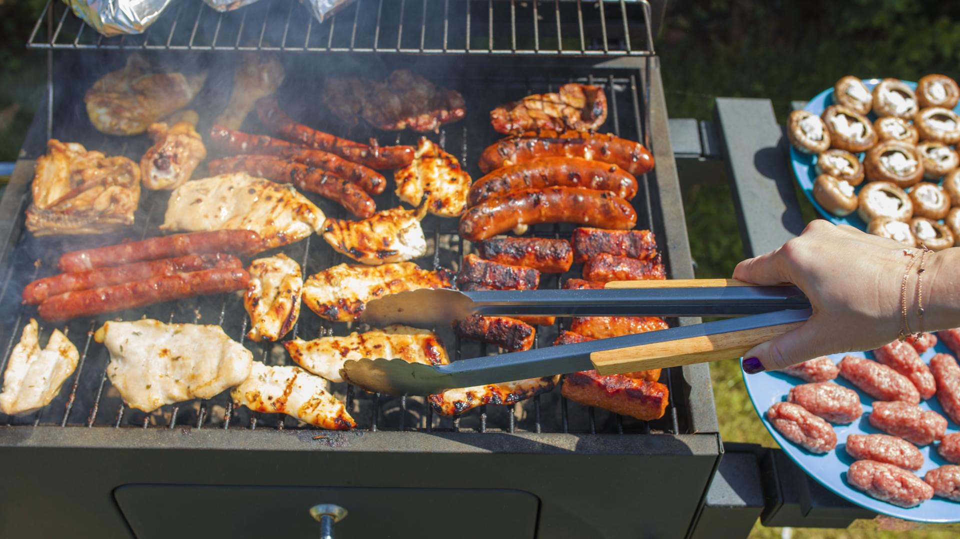 Caviness & Cates 5 Must-Haves for the Backyard Grilling Season