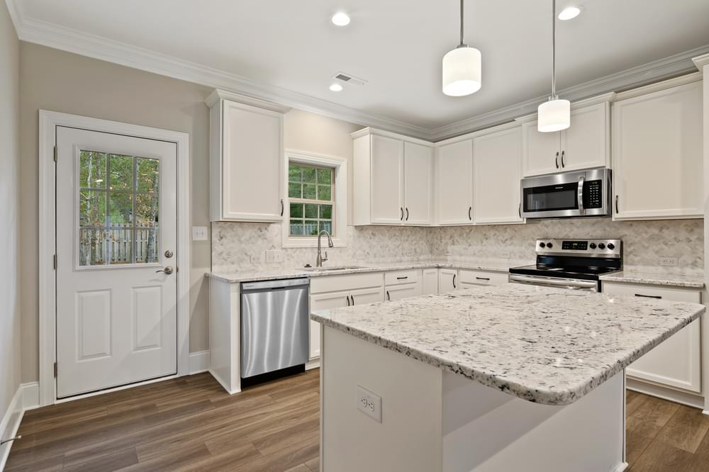 2,023sf New Home in Pinehurst, NC Caviness & Cates Communities